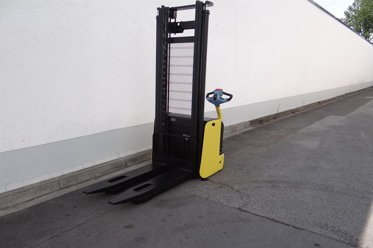 Hyster S 1.2